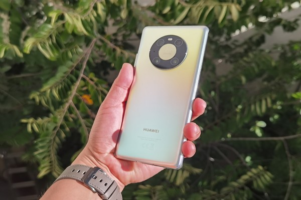 تقارير: اعتبار هاتف Huawei Mate 40 Pro الأفضل للعام 2020