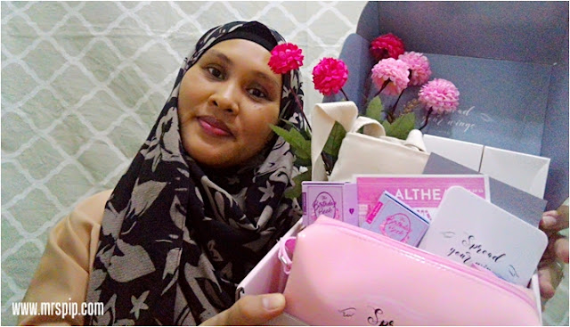 "Unboxing the Althea Angels Gift Box membawa aku ""Fly Me To Korea"""