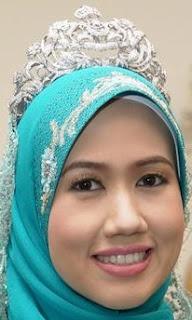diamond tiara kelantan malaysia queen tengku zainab raja perempuan princess amalin
