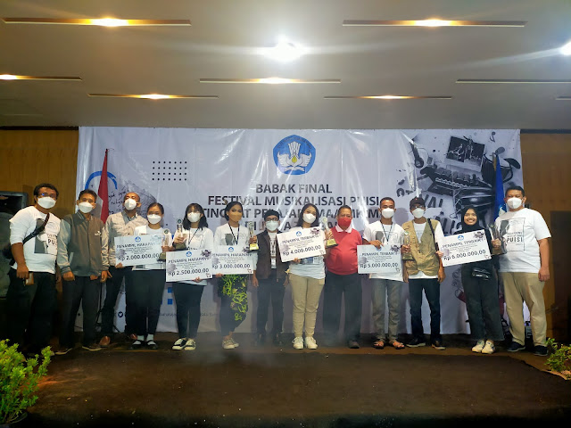 Festival Musikalisasi Puisi Jawa Tengah