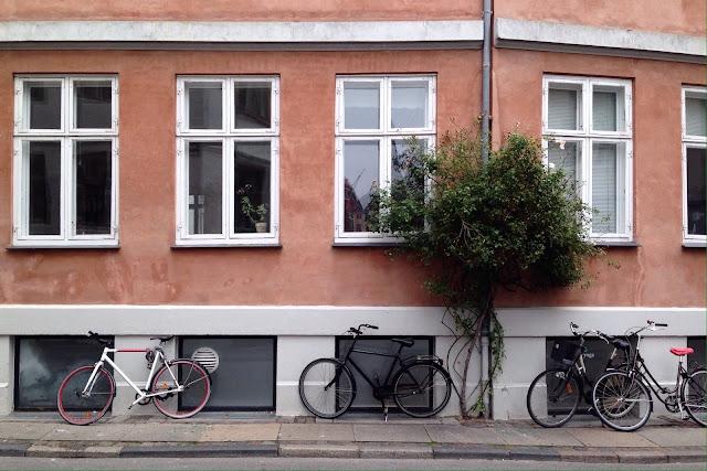 Julkisivu Kööpenhaminan keskustassa