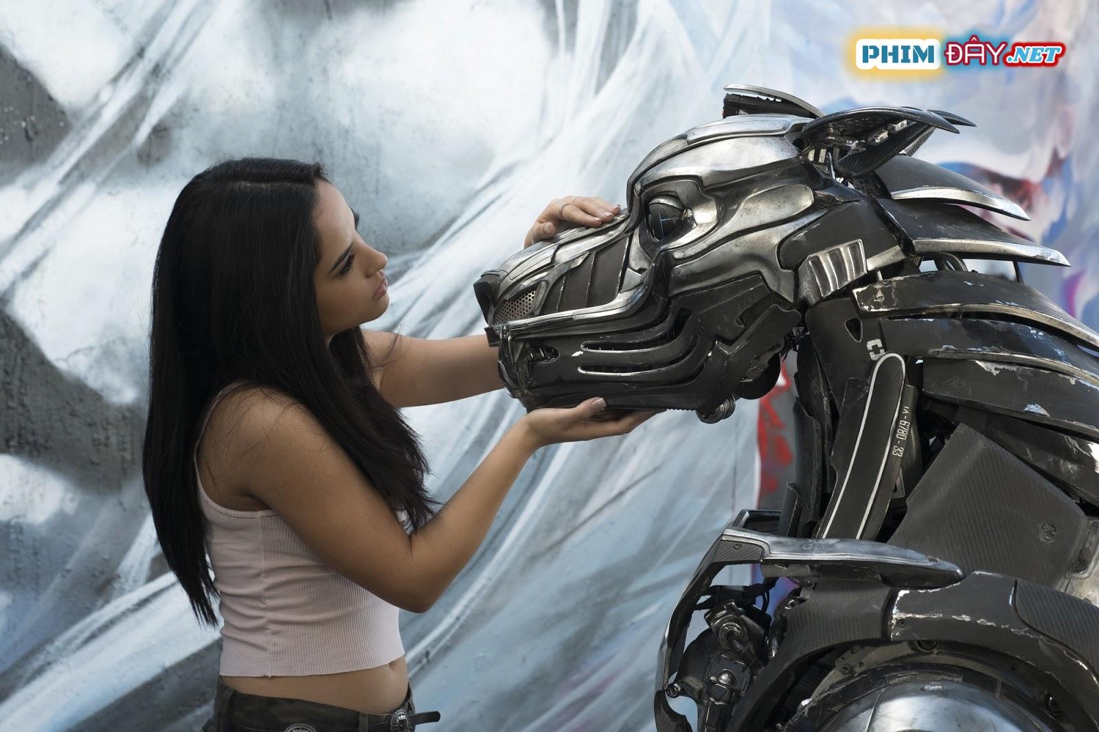 CHÚ CHÓ ROBOT - A-X-L (2018)