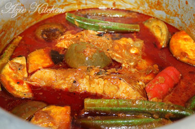 Kari Mamak Kepala Ikan Merah - Azie Kitchen