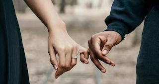 Γιατί τα ευτυχισμένα ζευγάρια δημοσιοποιούν λιγότερα σχετικά με την σχέση τους στα κοινωνικά δίκτυα;