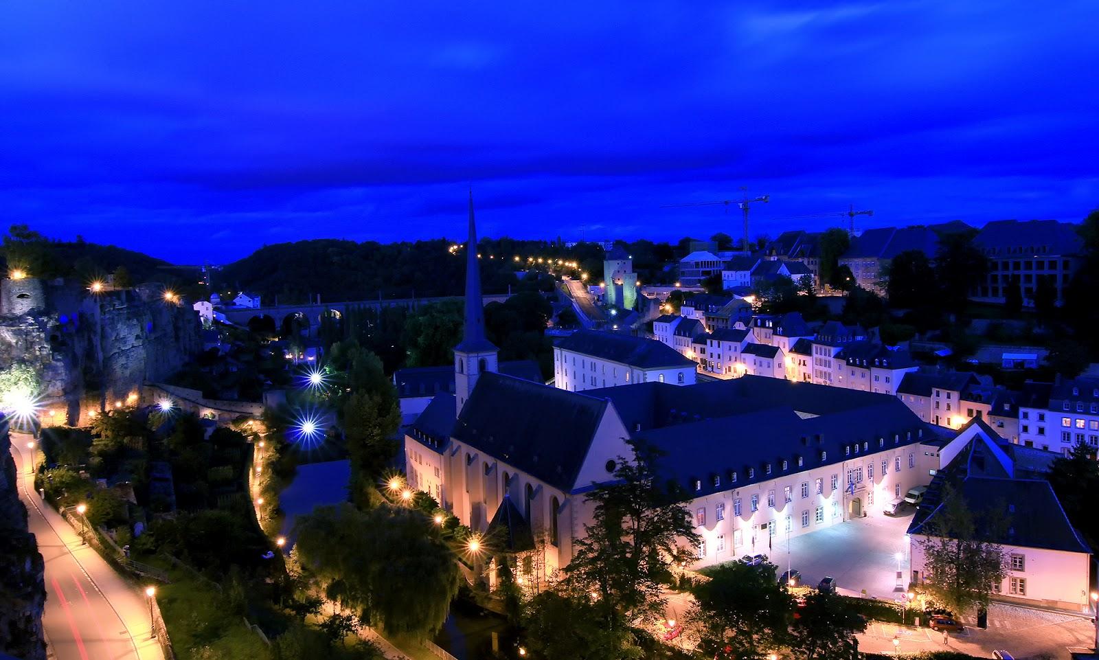 [Resim: Grund+Vadisi-L%C3%BCksemburg.jpg]