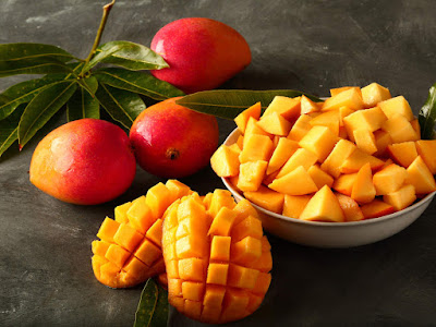 Mango Meyvesi Nedir, Faydaları Nelerdir, Nasıl Yenir, Kesilir ve Tüketilir?