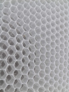 Honeycomb white