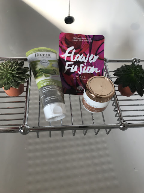 How to have a perfect pamper night - beauty products on bath tray