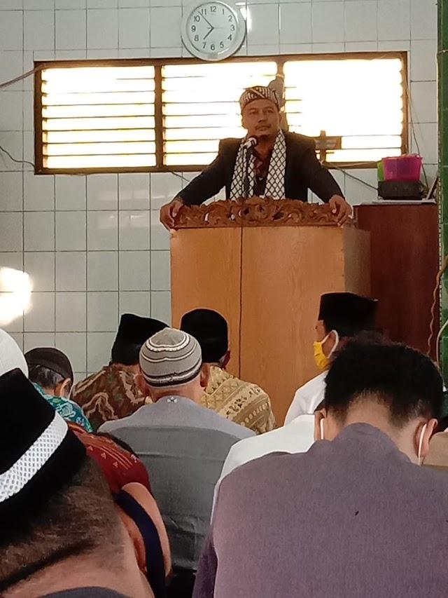 Eka Putra Zakran, SH MH Pimpin Shalat dan Khatib Idul Adha di Perumnas Mandala