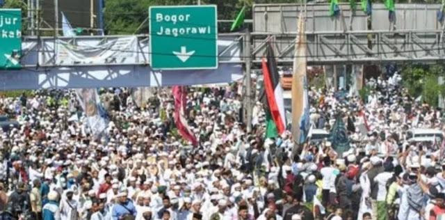 Mencekam, Enam Pengikut Habib Rizieq Shihab Tewas Ditembak di Jalan Tol Jakarta-Cikampek