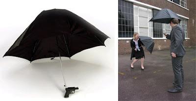Diseño de sombrilla o paraguas con arma