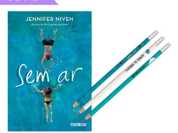 Sem Ar, novo livro de Jennifer Niven, autora de Por Lugares Incríveis, está em pré-venda com brinde
