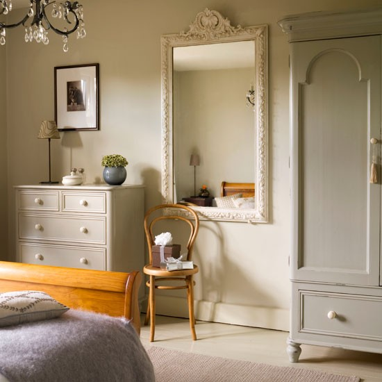 Home Decorating Ideas Bedrooms: New Home Interior Design: Be Inspired By A Festive 1930s