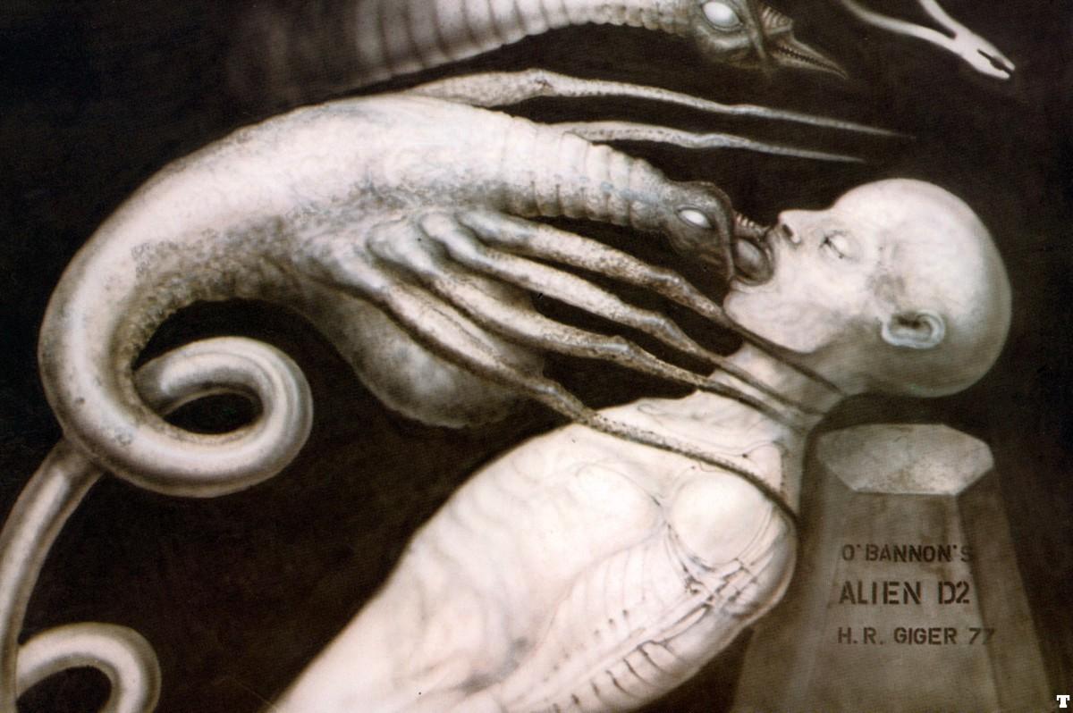 abgestürztes alienraumschiff auf dem mond