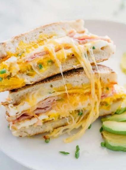 Breakfast Sandwich - A One Pan Breakfast