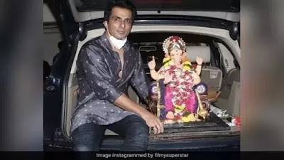 Sonu Sood did Ganpati Visarjan with family