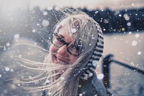 Gadis Berkacamata