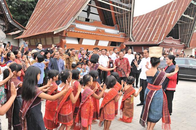 Presiden Jokowi Sebut Kawasan Danau Toba Punya Potensi Jadi Kawasan Wisata Kelas Super