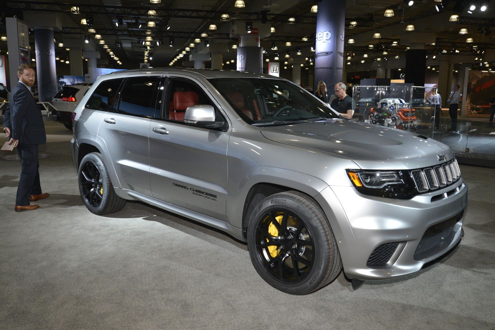 Srt8 Jeep Trackhawk >> Jeep's 707HP Grand Cherokee Trackhawk Looks Even Better In Silver | Carscoops