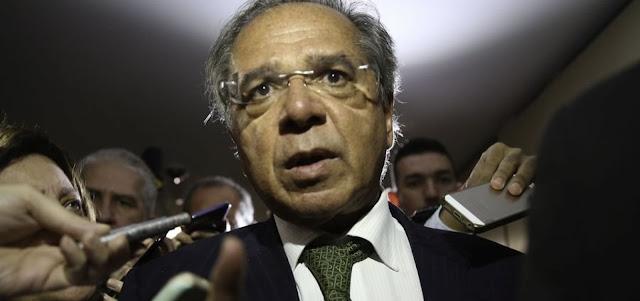 Entidades repudiam fala de Guedes que comparou os servidores públicos a 'parasitas'