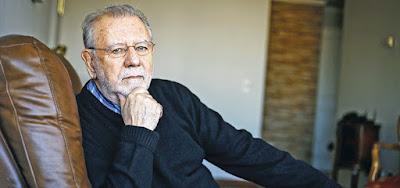 Poeta Oscar Hahn Garcés