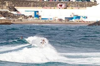20 Luke Hynd AUS Azores Airlines Pro foto WSL Laurent Masurel