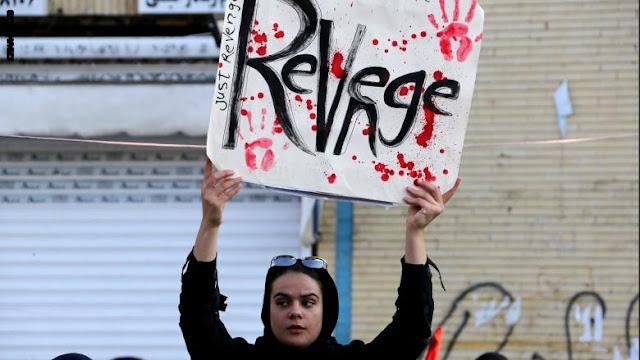 """الجيش الإيراني يهدد بـ""""رد ساحق"""" على أي """"عدوان"""" أمريكي.. والحرس الثوري: طريق سليماني سيستمر"""