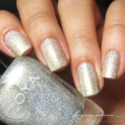 Nail polish swatch of Alicia from the Fall 2016 Urban Grudge Metallic Holos collection by Zoya