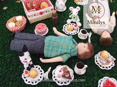 """minilys miniatures"" ""chocolate"" ""picnic"" 1:12"