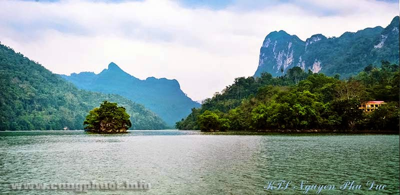 Backpacking travel in Ba Be lake, Vietnam : Full Guide