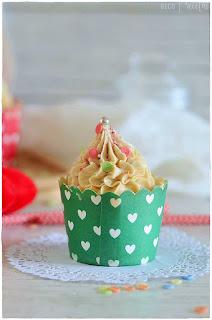 Cupcakes de turrón de Jijona/ Xixona especial para postres Navideños Thermomix. Cupcakes recetas. Cupcakes decorados.receta cupcakes.