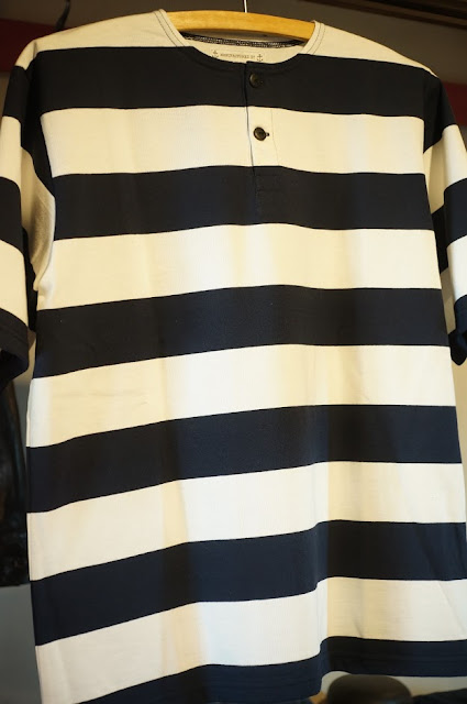 Workers  Henry Neck T  Short Sleeve  White/Black