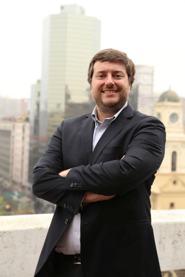 Rodrigo López, Gerente General de Aptus