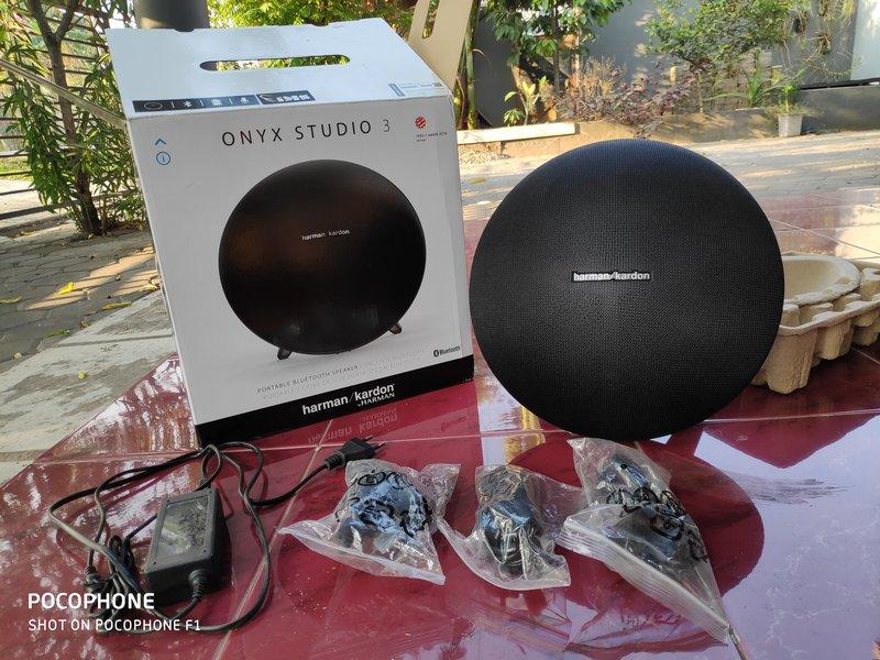 Paket Pembelian Harman Kardon Onyx Studio 3
