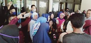 Disambut Puluhan Simpatisan dan Keluarga, Umi Eka Siap Lakukan Konsolidasi Jelang Pilkada Bima