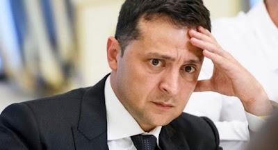 Рейтинги Зеленского и его партии стремительно катятся вниз