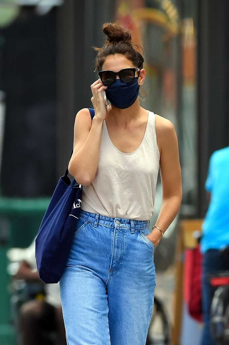 Katie Holmes Snapped in Denim -  Out in New York 22 Aug -2020