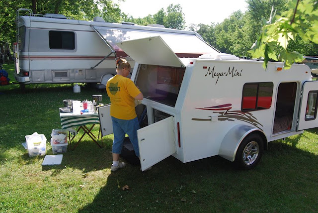 tiny trailer camper