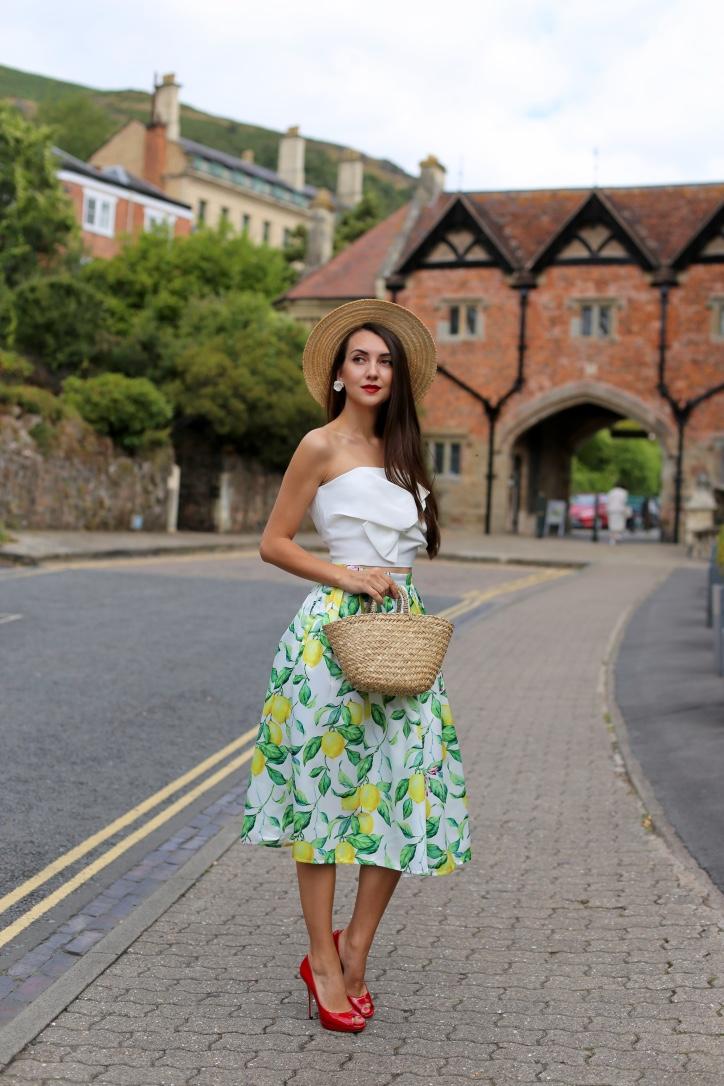 блогер, образ дня, летний стиль, миди юбка с лимонами