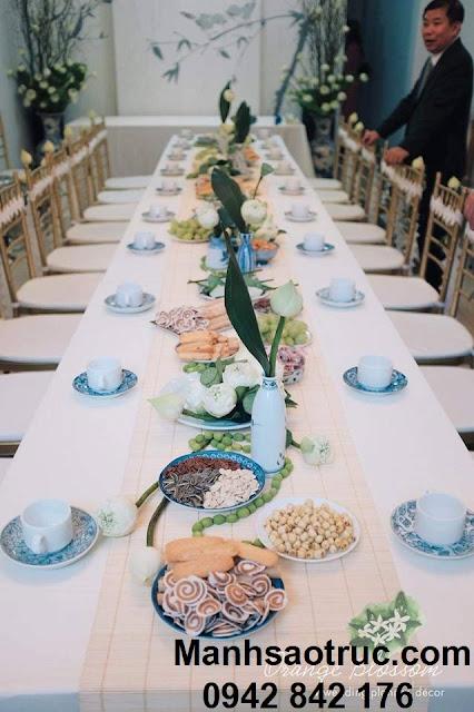 Mành tăm trang trí bàn tiệc