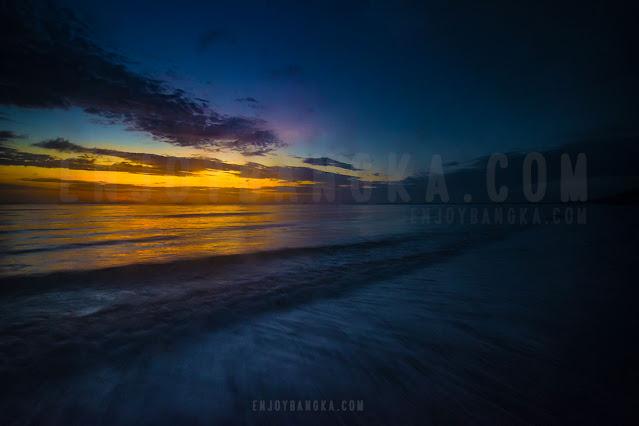 sunrise-di-pantai-bangka-enjoy-bangka