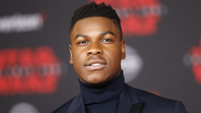 John Boyega only just made it to the premiere after getting stuck in a snowstorm