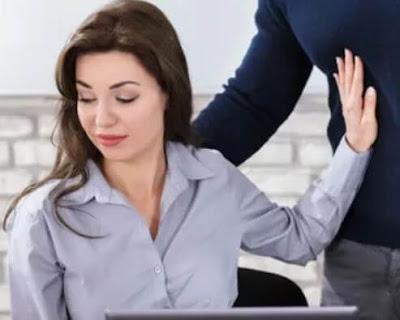 15 قضية لا تزال المرأة تواجهها في مكان العمل