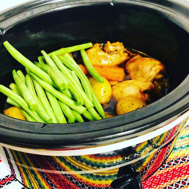 Articole culinare : Pui Cu Miere, Soia Si Usturoi la Crockpot