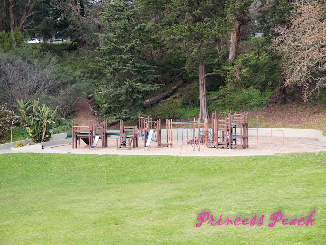 Mothers-Meadow-Playground