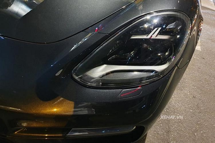 Cận cảnh Porsche Panamera Turbo hơn 12 tỷ ở Sài Gòn