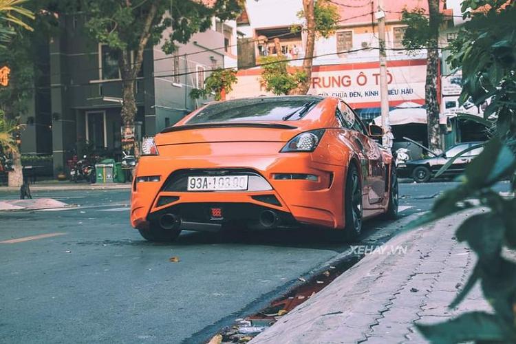 Dân chơi Việt độ Nissan 350Z màu cánh cam ấn tượng