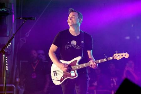Heavy Soundboard Bootlegs: Blink-182 - Live @ KROQ Weenie ...