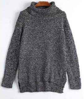 Jersey gris de cuello alto