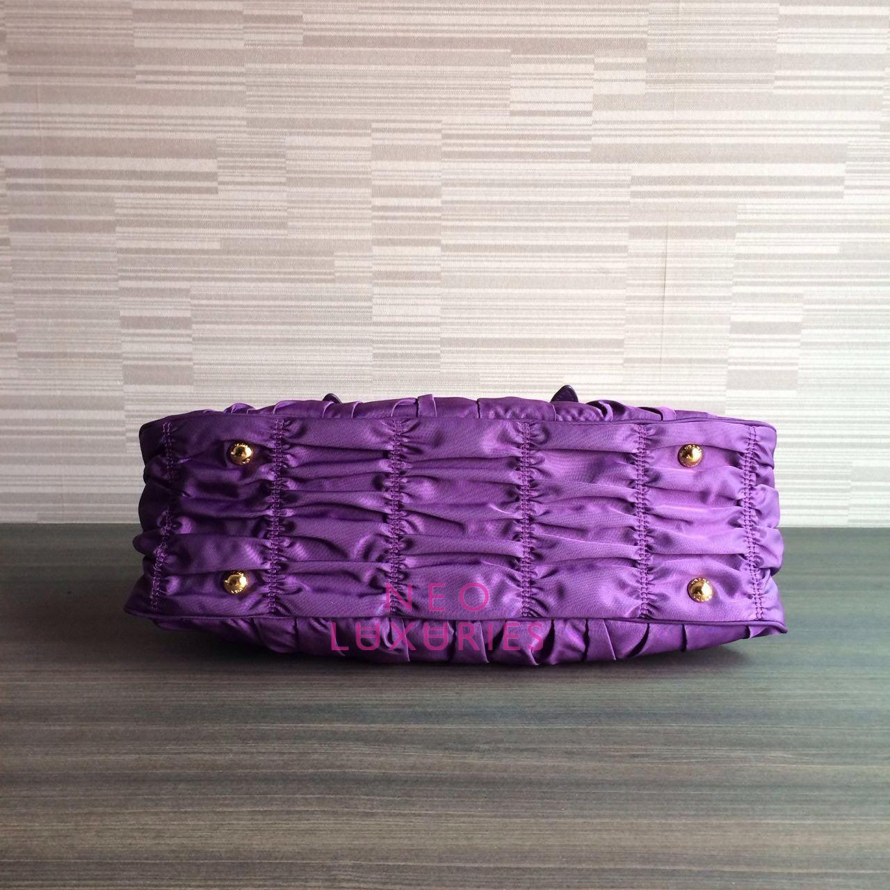 prada leather bag men - Neo LUXuries: SOLD: PRADA Tessuto/Nappa Gaufre' Small Top Handle ...